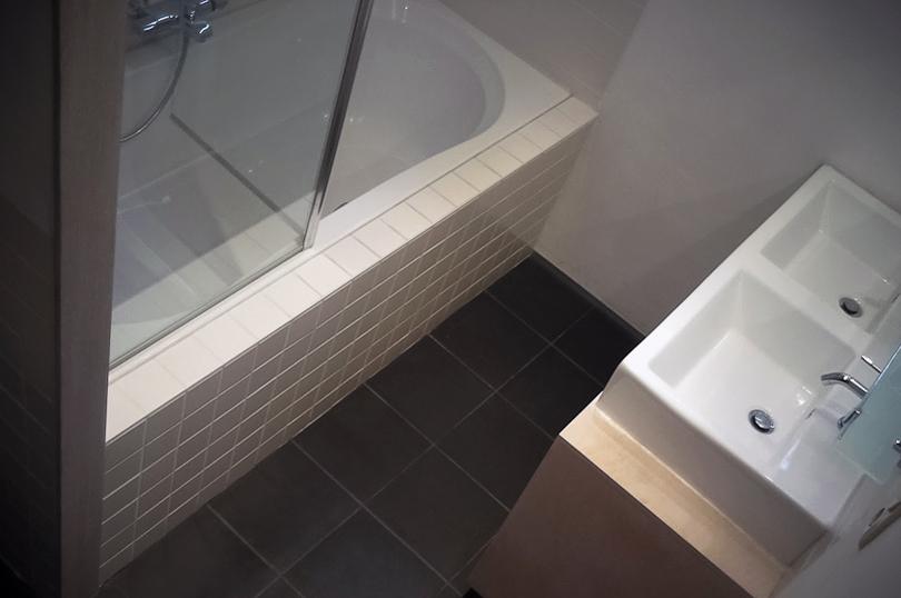 Stukadoor tilburg dex home projects 06 25013707 - Kleine badkamer m ...